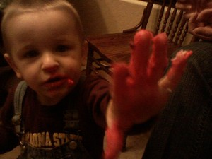 4_pink_hand_2
